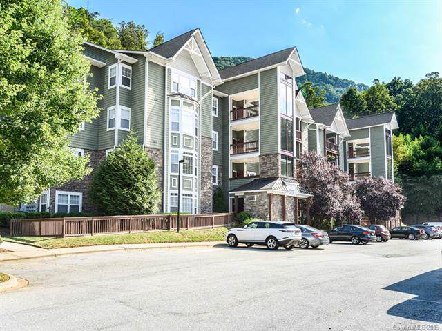 2000 Olde Eastwood Village Boulevard C202, Asheville, NC 28803 (#3542590) :: BluAxis Realty
