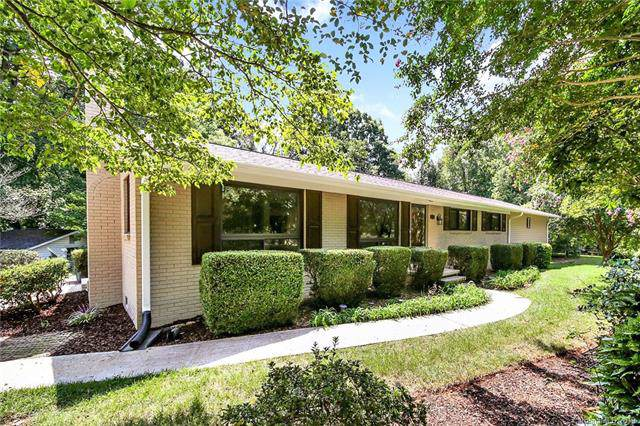 3828 Dunwoody Drive, Charlotte, NC 28215 (#3542683) :: Robert Greene Real Estate, Inc.