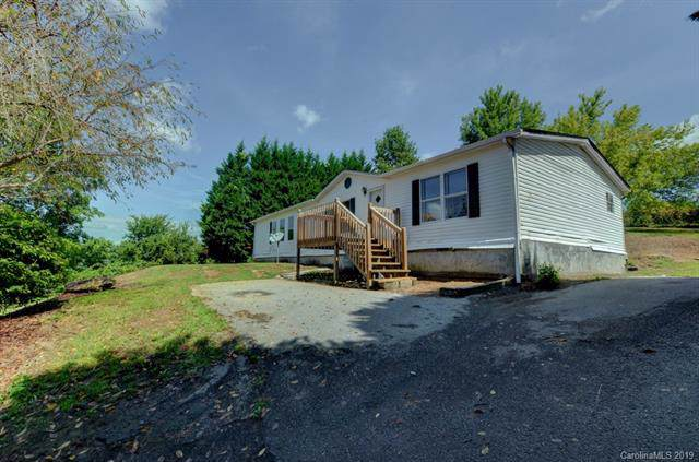 947 Jackson Loop Road, Flat Rock, NC 28731 (#3542743) :: Johnson Property Group - Keller Williams