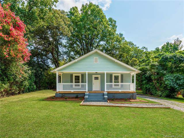 1518 Oakdale Road, Charlotte, NC 28216 (#3542774) :: Washburn Real Estate