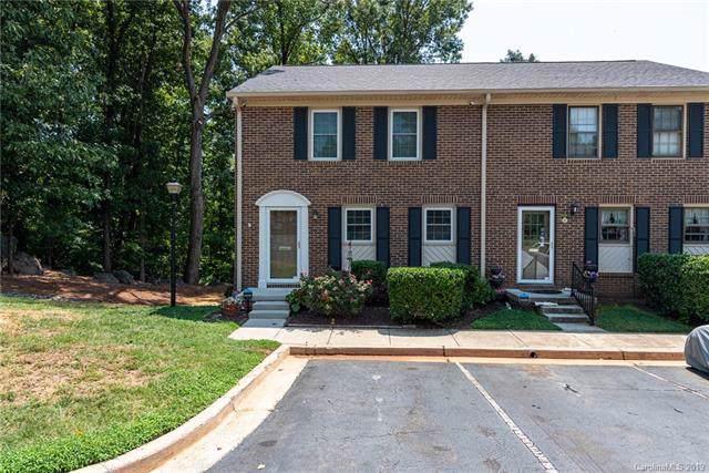 8314 Knights Bridge Road, Charlotte, NC 28210 (#3542802) :: Charlotte Home Experts