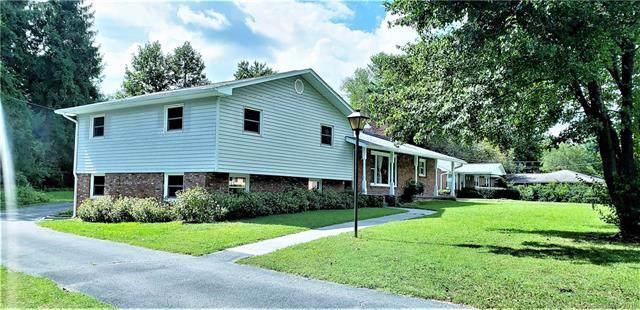 1631 Camelot Drive, Hendersonville, NC 28739 (#3542805) :: Keller Williams Professionals