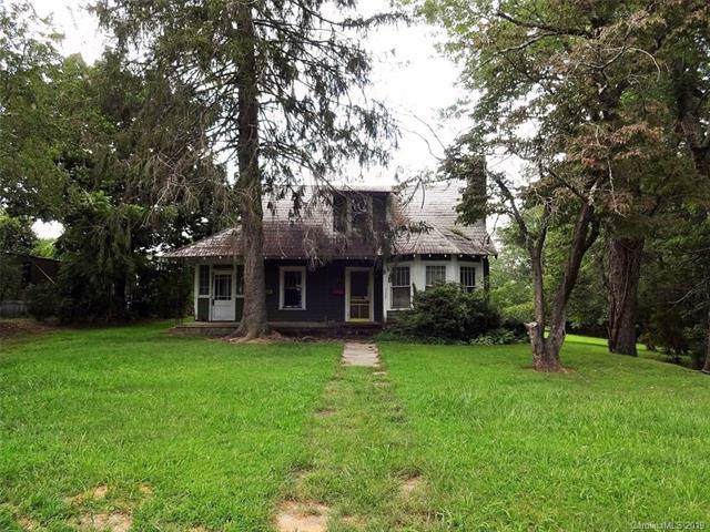122 Glover Street, Hendersonville, NC 28792 (#3542807) :: Keller Williams Biltmore Village