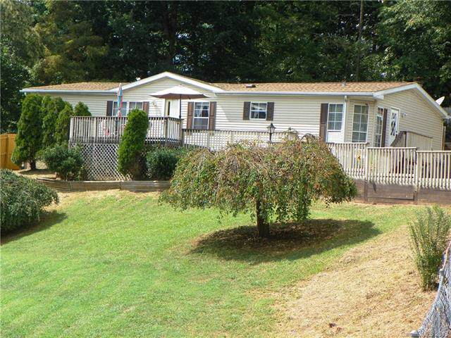 16 Flowering Dogwood Drive, Candler, NC 28715 (#3542823) :: Keller Williams South Park