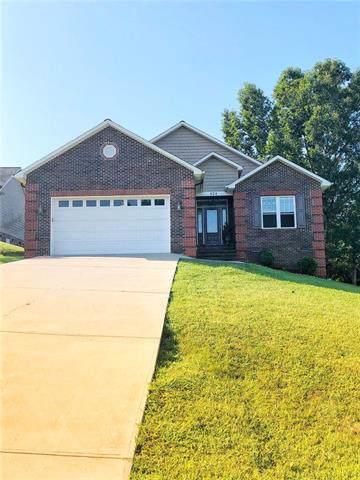 924 41st Avenue Drive NE, Hickory, NC 28601 (#3542835) :: Besecker Homes Team