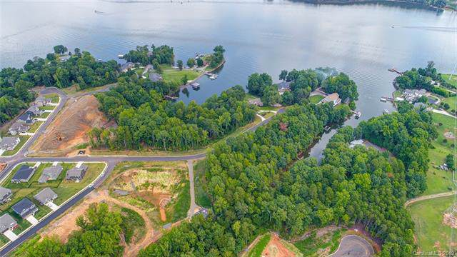 646 Sandbar Point #70, Lake Wylie, SC 29710 (#3542860) :: Besecker Homes Team