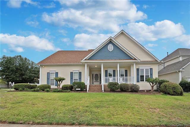 20622 Mystic Cove Road, Cornelius, NC 28031 (#3542953) :: Besecker Homes Team