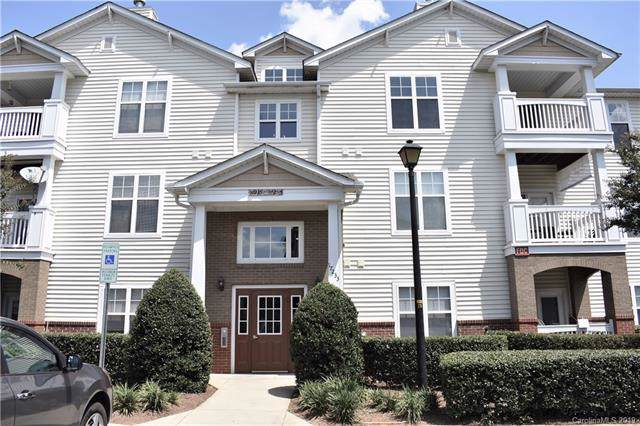 17255 Doe Valley Court Unit 17255, Cornelius, NC 28031 (#3543032) :: Sellstate Select