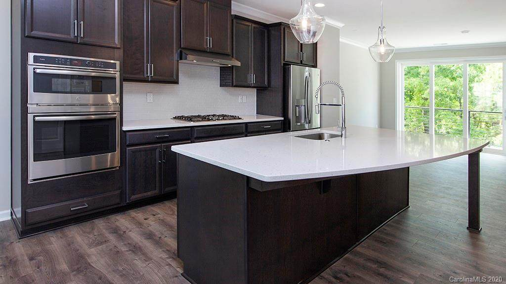 503 Upper Stone Circle #11, Charlotte, NC 28211 (#3543074) :: BluAxis Realty