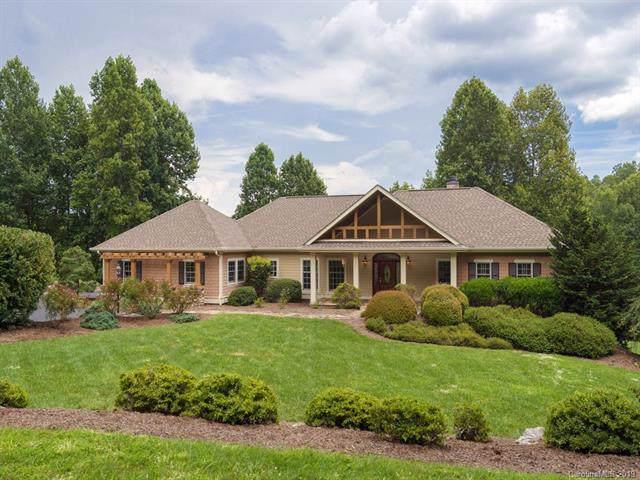 134 Village Springs Lane, Hendersonville, NC 28739 (#3543267) :: LePage Johnson Realty Group, LLC