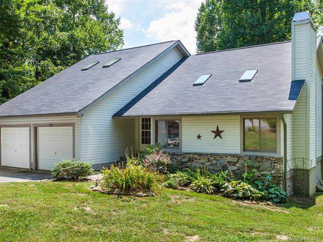 125 Linden Turn, Laurel Park, NC 28739 (#3543276) :: Keller Williams Professionals