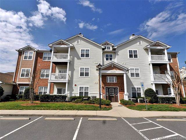 9875 Hyde Glen Court, Charlotte, NC 28262 (#3543454) :: LePage Johnson Realty Group, LLC