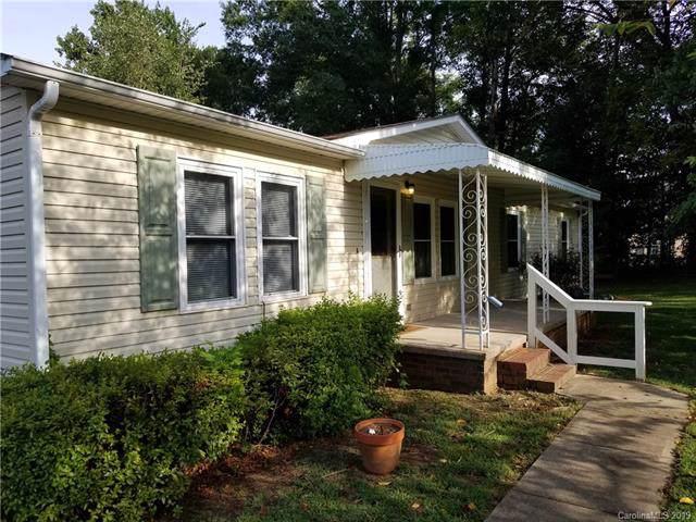 15914 Statesville Road, Huntersville, NC 28078 (#3543578) :: Sellstate Select