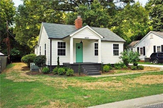 4233 Hiddenbrook Drive, Charlotte, NC 28205 (#3543715) :: LePage Johnson Realty Group, LLC