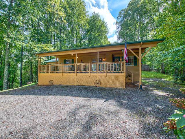 710 Spirit Mountain Trail, Waynesville, NC 28786 (#3543832) :: Carlyle Properties