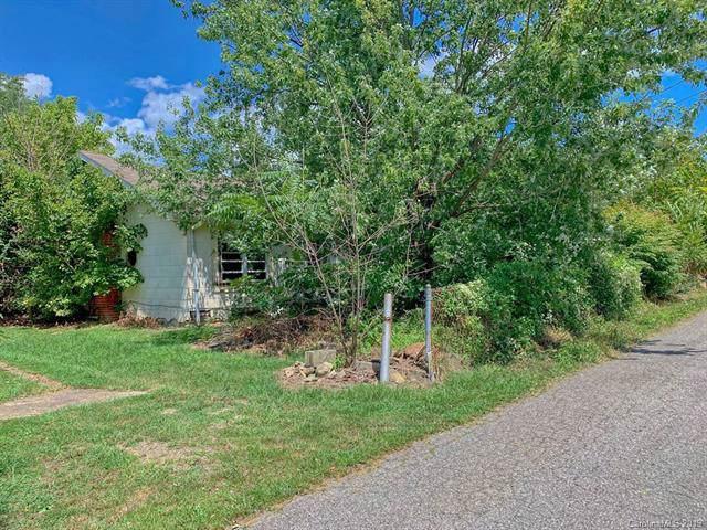 918 Terrace Drive, Canton, NC 28716 (#3543955) :: Keller Williams Professionals