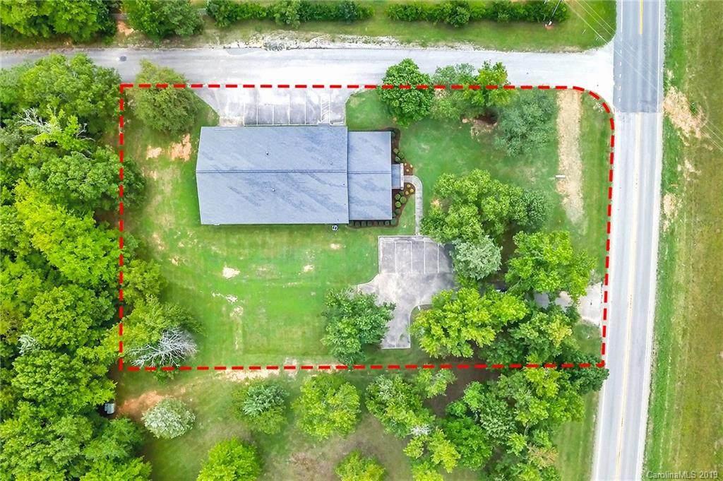 2145 Pageland Highway, Lancaster, SC 29720 (#3544119) :: Charlotte Home Experts