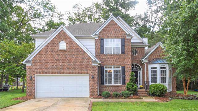 8106 Brookings Drive, Charlotte, NC 28269 (#3544257) :: The Andy Bovender Team