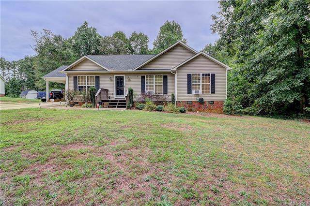 120 Wesley Court, Crouse, NC 28033 (#3544589) :: The Andy Bovender Team
