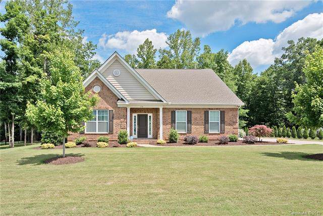 114 Clear Springs Road, Mooresville, NC 28115 (#3544599) :: Homes Charlotte