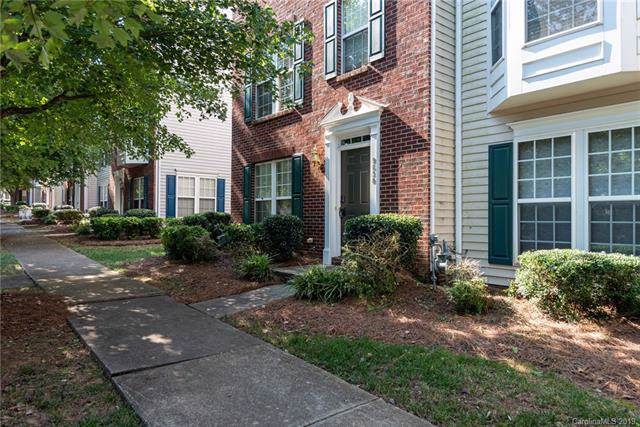 9630 Blossom Hill Drive, Huntersville, NC 28078 (#3544830) :: Roby Realty