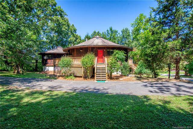 19 Hickory Tree Road, Asheville, NC 28805 (#3544944) :: Johnson Property Group - Keller Williams