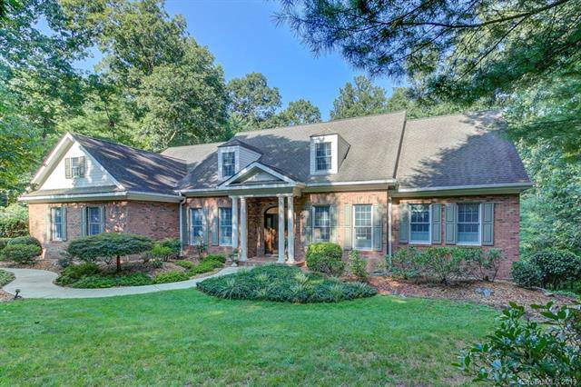 311 Gregory Way, Hendersonville, NC 28791 (#3545052) :: Keller Williams Professionals