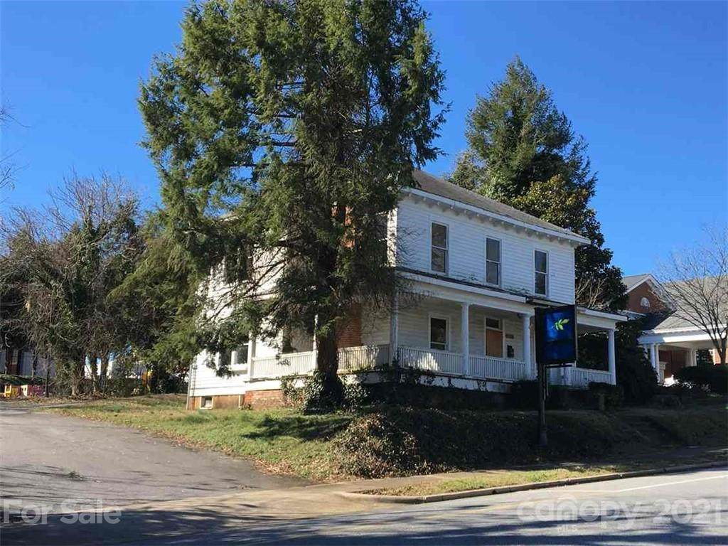 327 2nd Avenue NW, Hickory, NC 28601 (#3545176) :: Mossy Oak Properties Land and Luxury