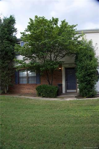 8834 Hunter Ridge Drive, Charlotte, NC 28226 (#3545395) :: Homes Charlotte