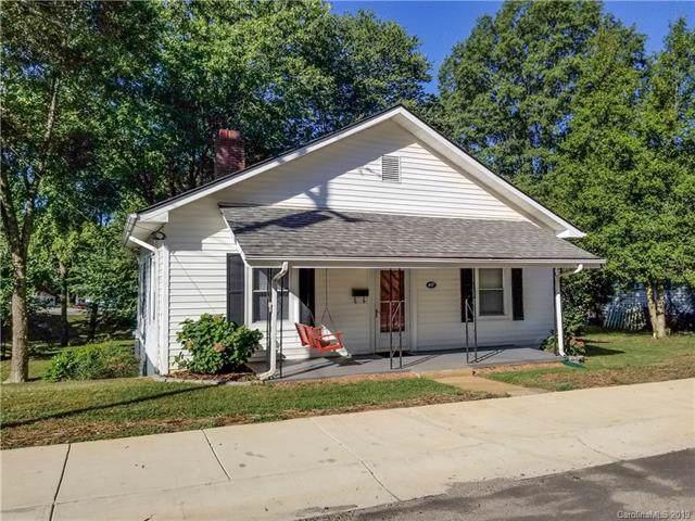 407 Dingler Avenue, Mooresville, NC 28115 (#3545625) :: Rinehart Realty