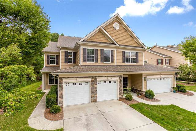 718 Deerbrook Lane, Tega Cay, SC 29708 (#3545916) :: Stephen Cooley Real Estate Group
