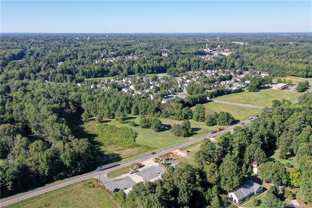 844 Oakridge Farm Highway, Mooresville, NC 28115 (#3545961) :: MartinGroup Properties