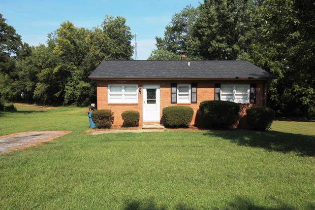 13 W Summit Avenue, Granite Falls, NC 28630 (#3546250) :: The Ramsey Group