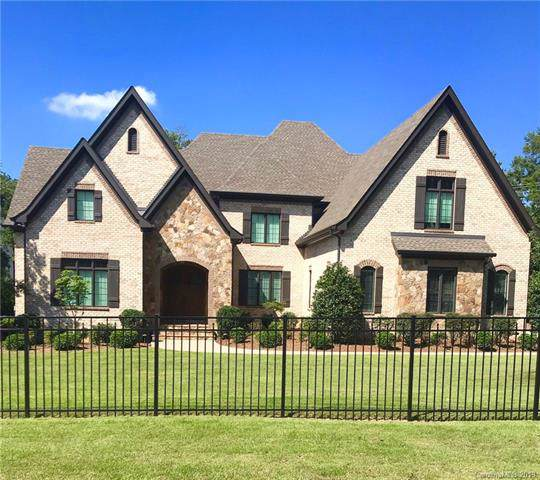 1119 Rembrandt Circle, Charlotte, NC 28211 (#3546277) :: Homes Charlotte