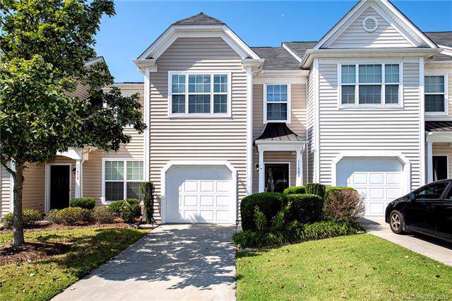 11808 Lion Cub Lane, Charlotte, NC 28273 (#3546348) :: Besecker Homes Team