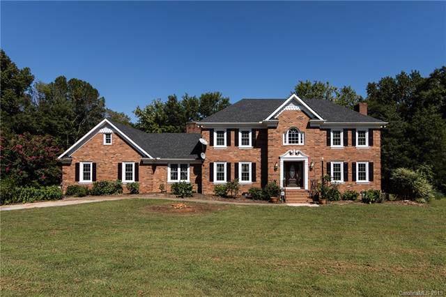 4428 Glen Haven Drive SW, Concord, NC 28027 (#3546437) :: MartinGroup Properties