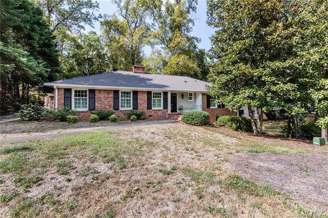 415 Chillingworth Lane, Charlotte, NC 28211 (#3546524) :: Rinehart Realty