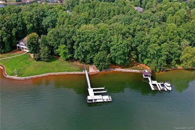 301 Riverwood Road, Mooresville, NC 28117 (#3546686) :: Homes Charlotte