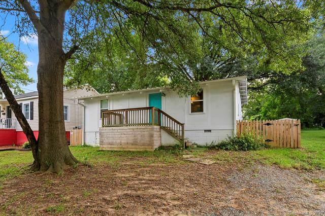 3301 Reid Avenue, Charlotte, NC 28208 (#3546779) :: Homes Charlotte