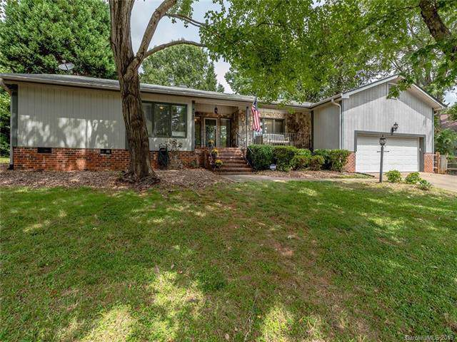 4080 Point Clear Drive, Tega Cay, SC 29708 (#3546824) :: Rinehart Realty