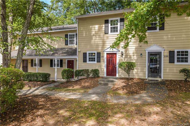 3302 Heathstead Place, Charlotte, NC 28210 (#3546840) :: Charlotte Home Experts