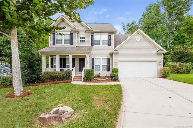 2805 Cross Tie Lane, Matthews, NC 28105 (#3547020) :: Homes Charlotte