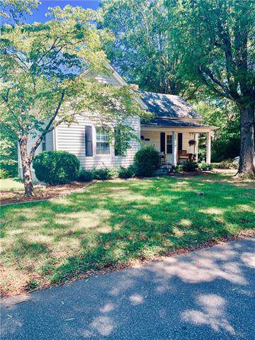1068 6th Avenue Drive NW, Hickory, NC 28601 (#3547042) :: The Ramsey Group