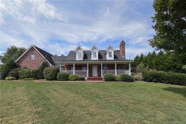 20 Wells Valley Drive, Leicester, NC 28748 (#3547064) :: Johnson Property Group - Keller Williams