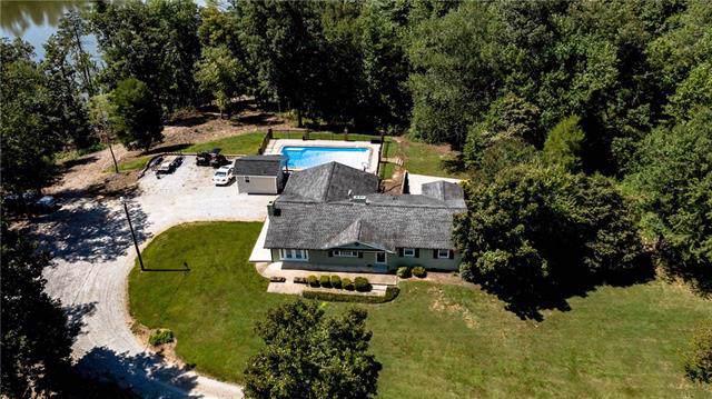 4960 Icard Ridge Road, Hickory, NC 28601 (#3547113) :: Caulder Realty and Land Co.