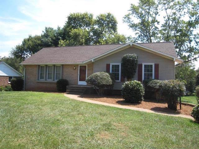 4899 Kennedy Street, Hickory, NC 28602 (#3547124) :: Robert Greene Real Estate, Inc.