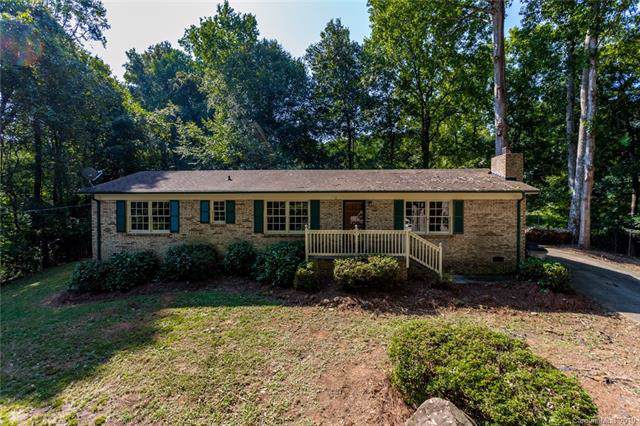 4713 Maplecrest Drive, Gastonia, NC 28056 (#3547197) :: Charlotte Home Experts