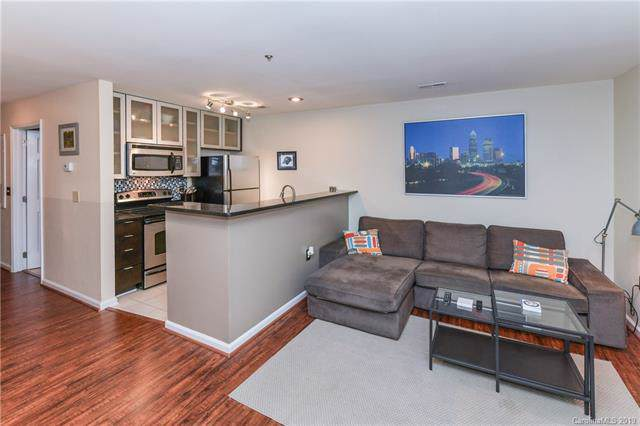525 N Graham Street 1E, Charlotte, NC 28202 (#3547227) :: Roby Realty