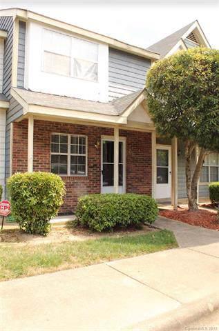 3847 Mosscroft Lane, Charlotte, NC 28215 (#3547497) :: Besecker Homes Team