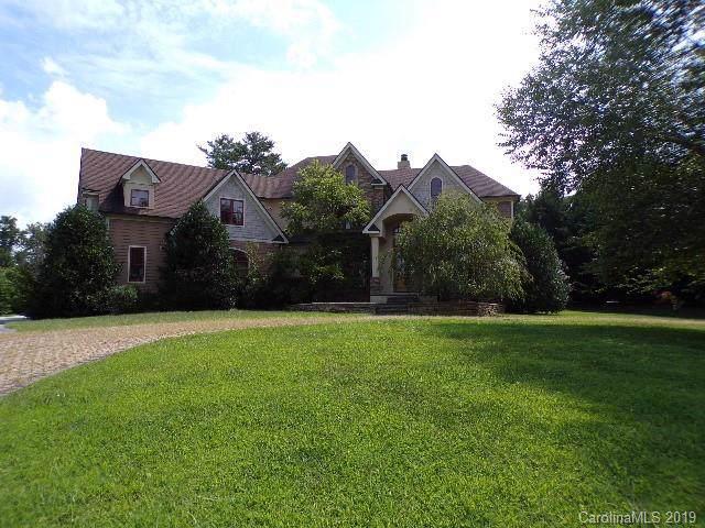 27 Cape Martin Circle, Hendersonville, NC 28791 (#3547511) :: Chantel Ray Real Estate